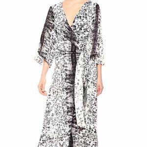 Kenneth Cole drapy  maxi dress small